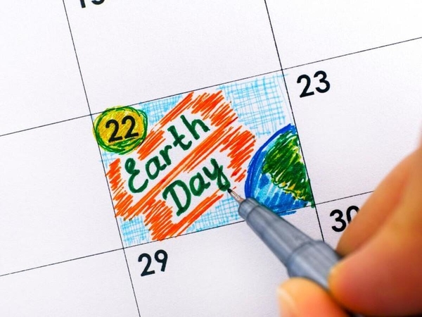 Calendar with Earth Day marked on April 22